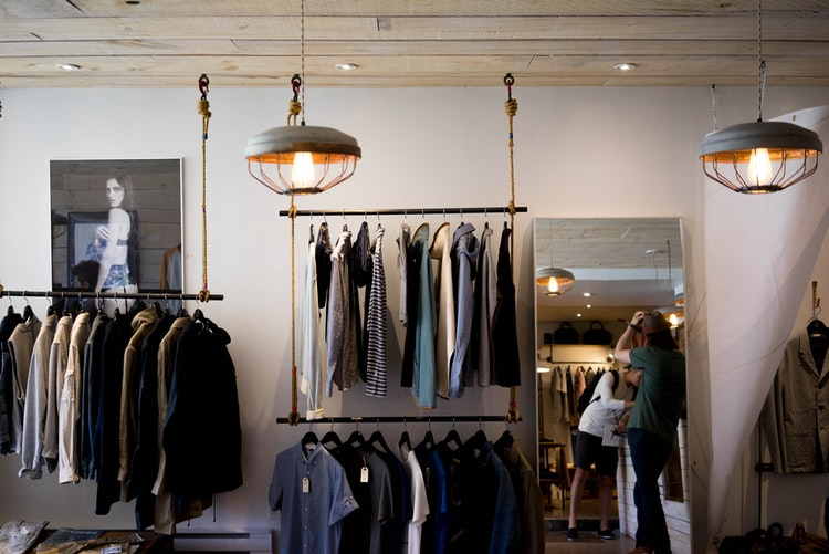 Visual-Merchandiser-Visuel-Merchandiser-formation-angers
